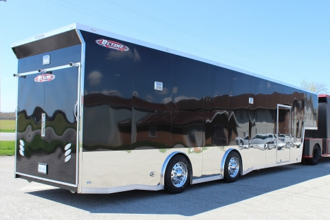 Gooseneck 42′ Top-Fuel Ultra Trailer